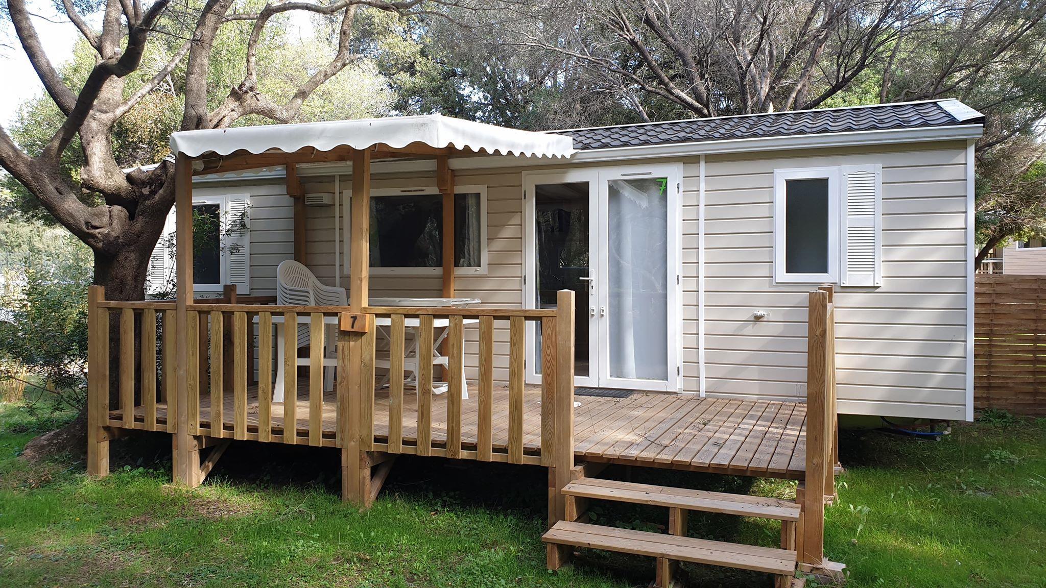 Camping-monte-ortu-nouvelle maison mobile vue mer