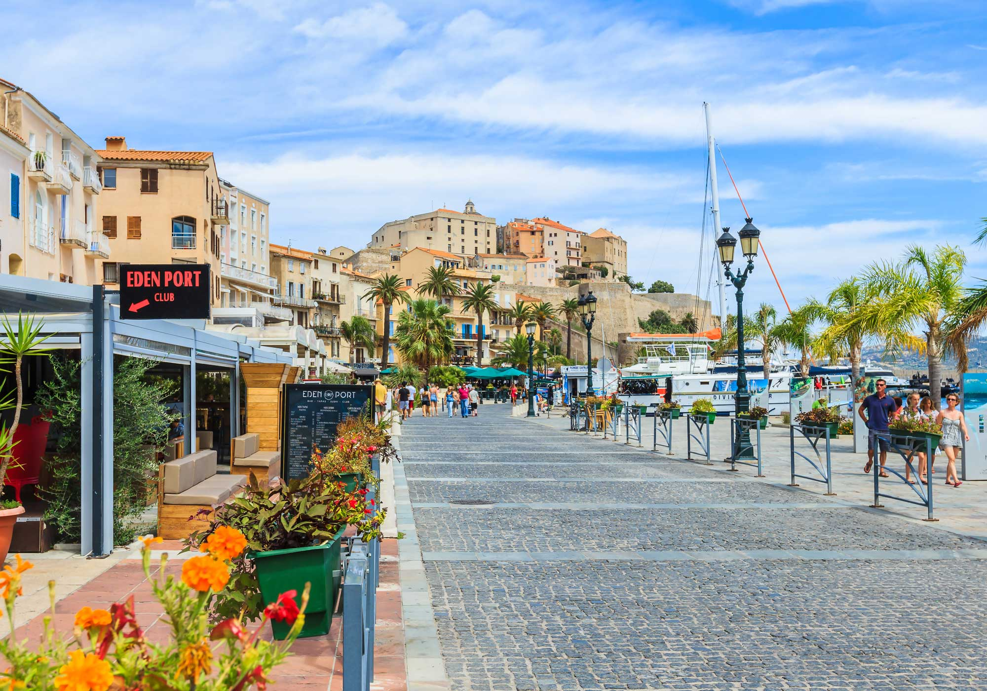corsica-paradise-promenade